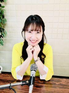 CMリモート出演撮影中モデル